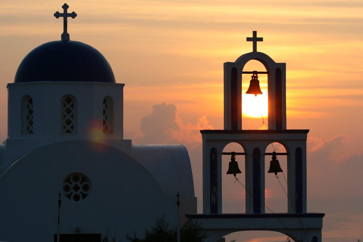 santorini sunset honeymoon