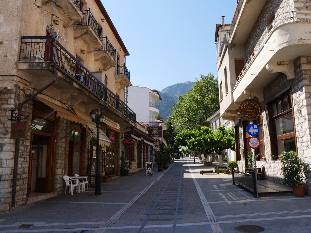 kalvryta village as a greek spring destination