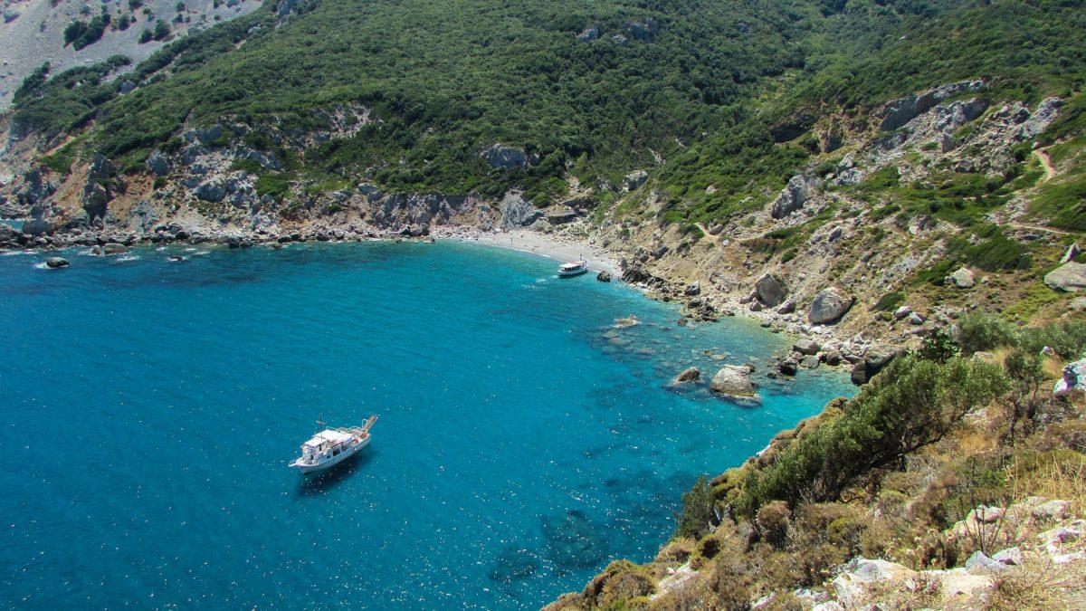 skiathos island - santorini honemoon blog